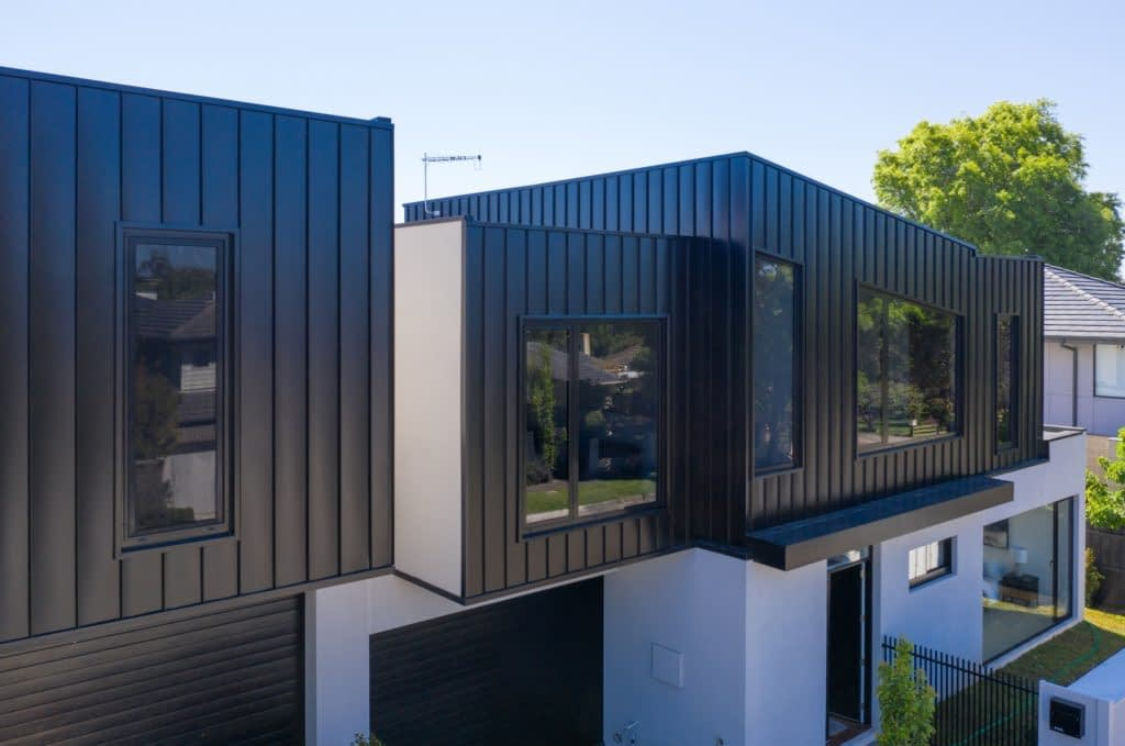 , Bentleigh Residences Provide Curb Appeal With Nailstrip Metal Cladding