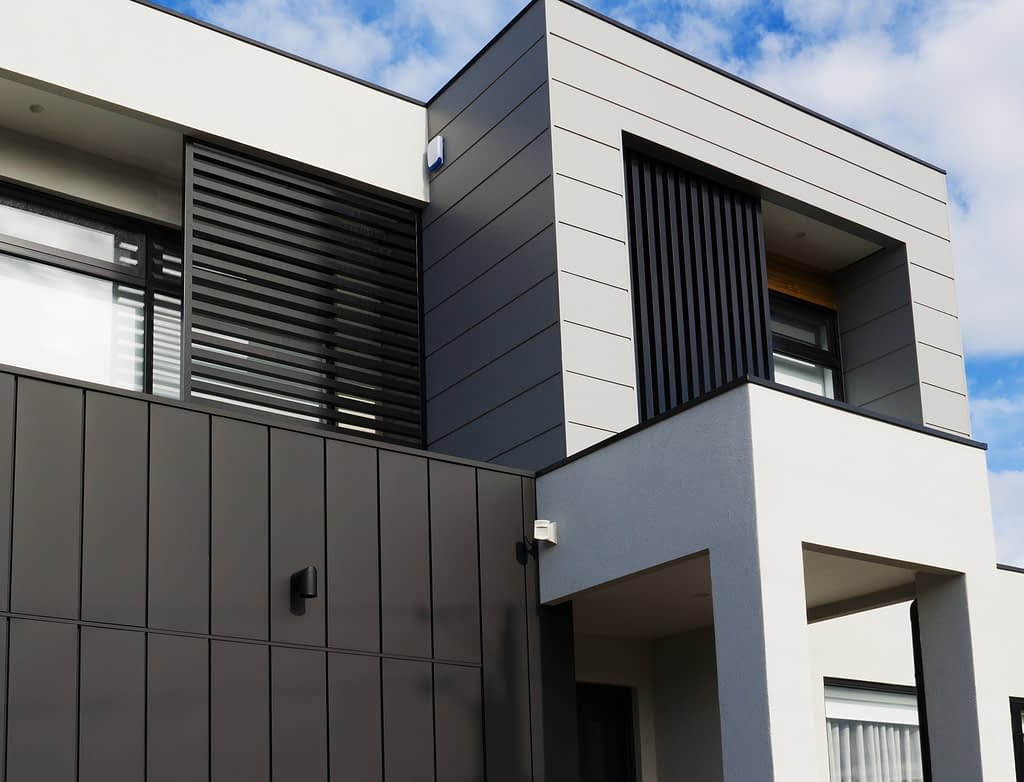 , Interlocking Metal Cladding Delivers A Remarkable Façade In Mornington!